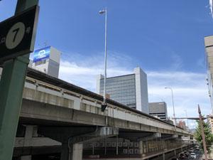 大阪府吹田市 江坂駅前